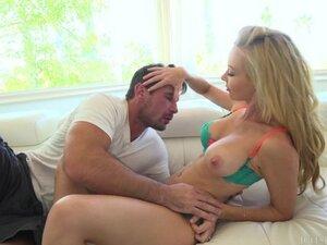 Blonde Kayden Kross Getting Nasty