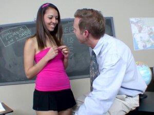 Teen Nadia Noel Fucks Her Math Teacher for Extra