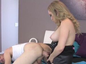 Sweeties fuck dudes anus with massive strap dildos