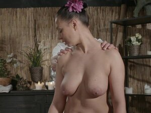 Massage Rooms Sexy Russian Milf has multiple