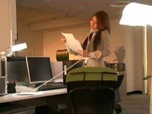 OL Raw Nakadashi, Office Lady Sana has this urge