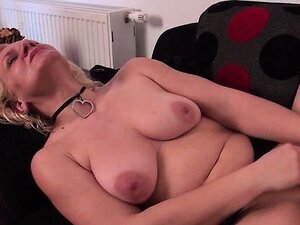 Mature horny woman gets her pussy part5