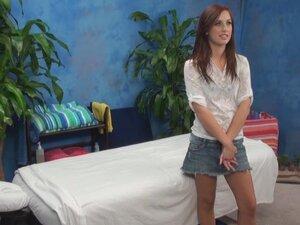 Nice blonce girl seduced in massage room