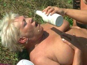 BBW lesbian having outdoor fun