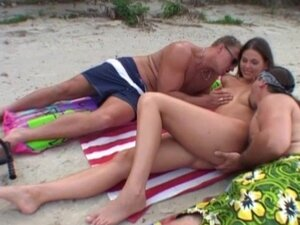 Simony gets anal loved by two men and cumed on